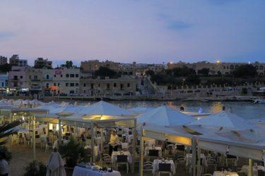 インターコンチネンタル マルタ ジュニアスイート宿泊記その5 ホテルのビーチクラブ (マルタ旅行2016 その23)