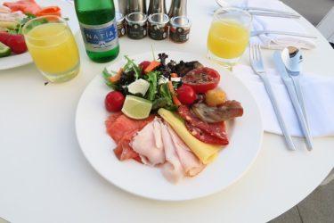 インターコンチネンタル マルタ ジュニアスイート その6 ラウンジの朝食(マルタ旅行2016 その24)