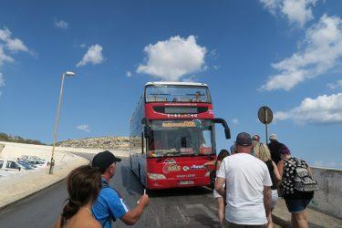 マルタ島のオープントップバスで観光(マルタ旅行2016 その9)