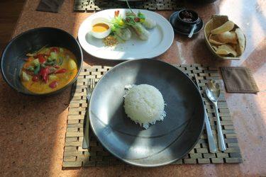 レストラン「elements」でタイ料理のランチ(タイ パタヤで年越し2016-2017 その6)
