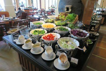 ダイニング elementsの朝食 インターコンチネンタルパタヤ(タイ パタヤで年越し2016-2017 その13)