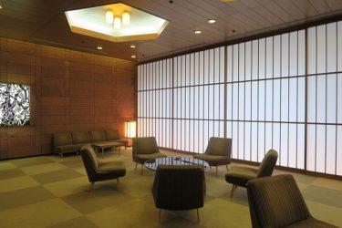 ホテルオークラ「ダイニングカフェ カメリア」でベジタブルガーデン付きランチ