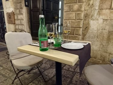 ドブロヴニクでシーフードの夕食「Lucin Kantun Restaurant & Tapas Bar」(クロアチア旅行2017)