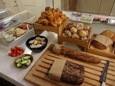 クラブラウンジの朝食 クラウンプラザホテル コペンハーゲンタワーズ(アイスランド旅行2018 その8)