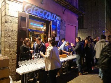 お祭り騒ぎのバルセロナの夜