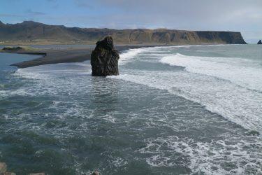 ディルホゥラエイのブラックサンドビーチ [黒砂海岸] (アイスランド旅行2018 その20)