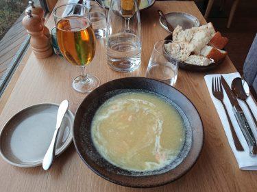 フォスホテルミーヴァトンの夕食と朝食(アイスランド旅行2018 その31)