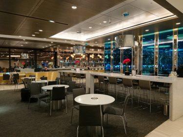 ロンドンヒースロー空港T2 ユナイテッドクラブラウンジ(イスラエル・パレスチナ旅行2019 その6)
