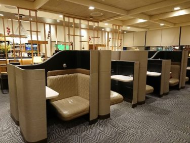 ロンドンヒースロー空港T2 シンガポール航空 シルバークリスラウンジ