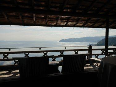 ひらまつ熱海 海を眺めながらの朝食
