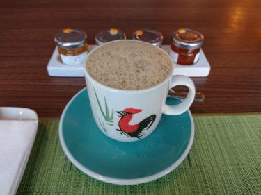 ホテルインディゴ シンガポール カトン「Baba Chews Bar & Eatery」カヤトーストのセット朝食