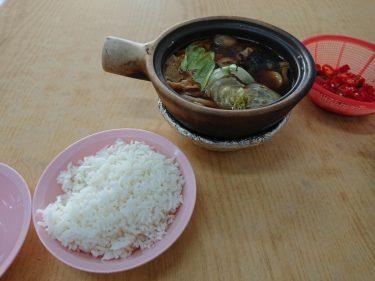 カトン地区でバクテーの朝食 Sin Heng Claypot Bak Koot Teh (新興瓦煲肉骨茶)
