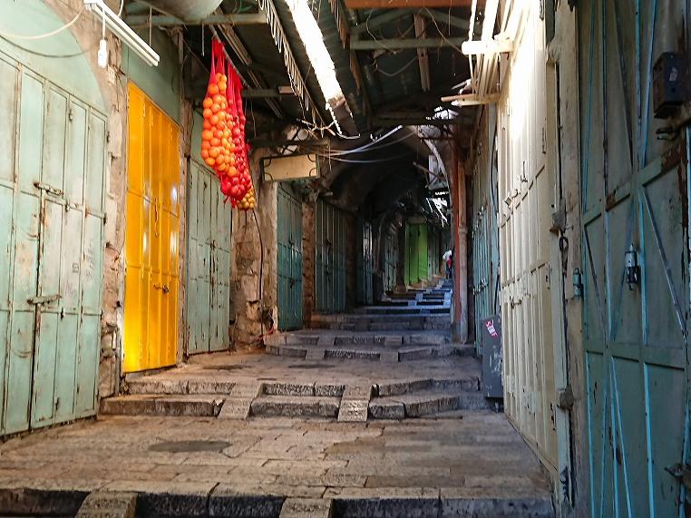 エルサレム旧市街の朝