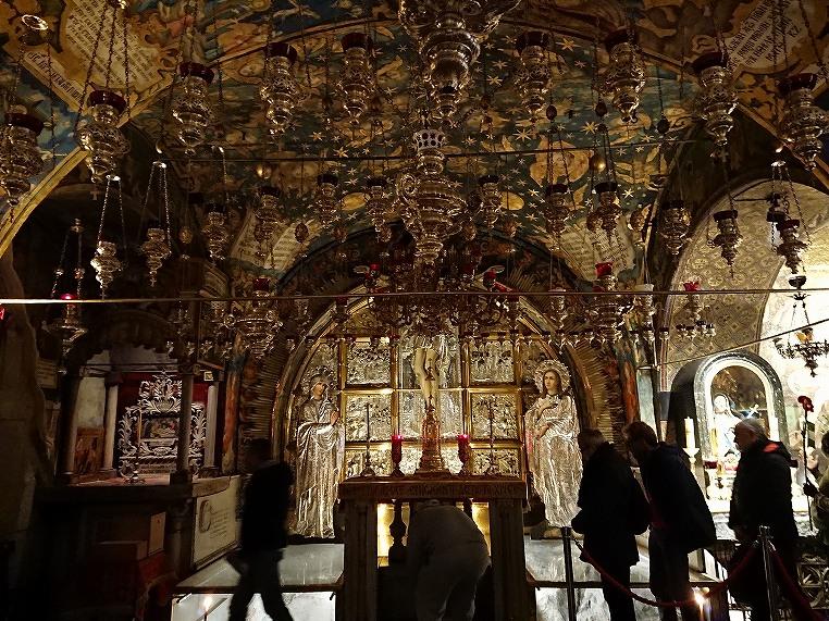 聖墳墓教会内部 イエスの十字架
