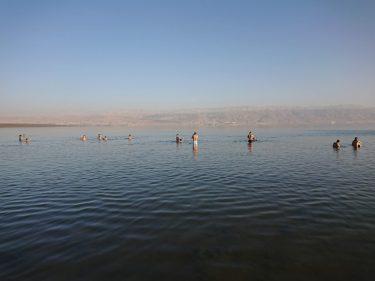 死海へ(イスラエル・パレスチナ旅行2019 その18)