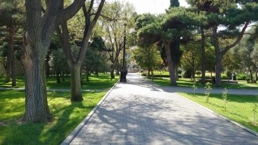 バクー カスピ海沿いの公園を散歩(ジョージア・アゼルバイジャン旅行2019 その15)