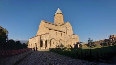 アラヴェルディ修道院とジョージアンヨーグルト「マツォーニ」(ジョージア・アゼルバイジャン旅行2019 その34)
