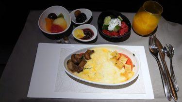 ターキッシュエアラインズ ビジネスクラス機内食 トビリシ>イスタンブール(ジョージア・アゼルバイジャン旅行2019 その42)