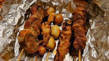 早稲田「焼鳥はちまん」の鶏そぼろご飯と焼鳥セットをテイクアウト(神楽坂エリア周辺のテイクアウト・デリバリー 7)