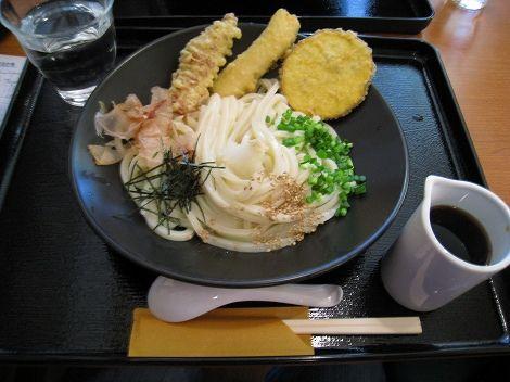 kagurazaka 076.jpg